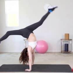 Bailarina cachonda Aliya Brynn follando en diferentes posiciones en su primer casting