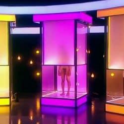 Gays desnudos en directo en un programa de televisión