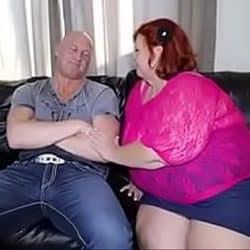 Vieja gorda Sweet Cheeks se desahoga sexualmente con su nieto