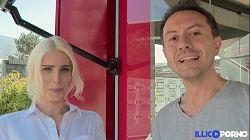 Holandesa Mandy Slim caliente follada por el culo en Illico Porno