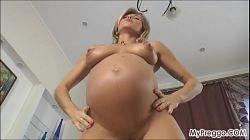 Sexo anal con una embarazada Rita Rush