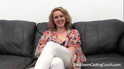 Primera prueba porno en un casting con un fanático del anal
